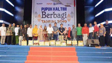 Photo of Pupuk Kaltim Berbagi Tiga Ribu Paket Sembako Gratis