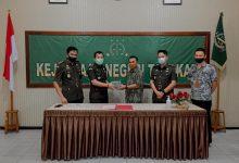 Photo of Kejari Tarakan Kembalikan Uang Rp 140 Juta Hasil Tindak Korupsi Videotron
